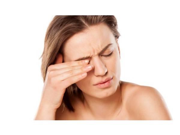 Picor de ojos_Farmacia I+_Botiquín del viajero